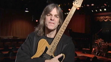[ Image ] Mike Stern
