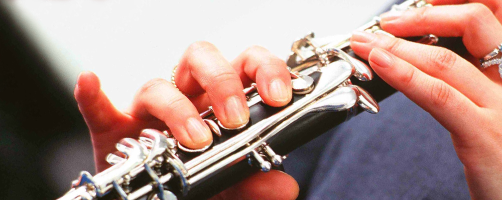How To Play The Clarinet How To Play A Clarinet Musical Instrument Guide Yamaha Corporation