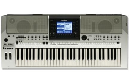 Yamaha PSR-OR700