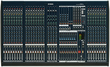 IM8-24 mixing console