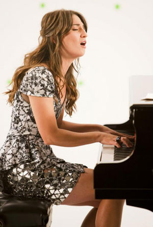 Yamaha Pianos Abound in Pop/Country Music Videos